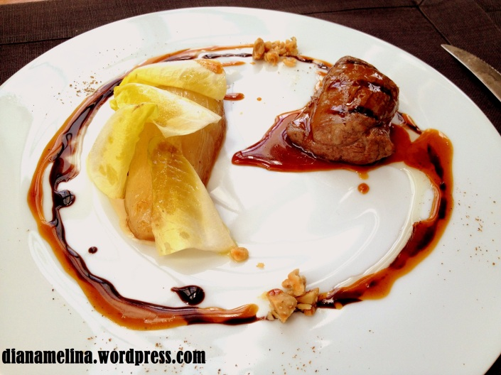 Secondi : Veal fillet cooked with orange, black olive, and endive